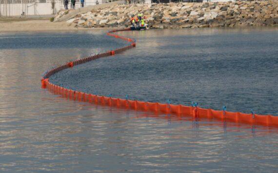Barrera de contención petroleo de flotador plano